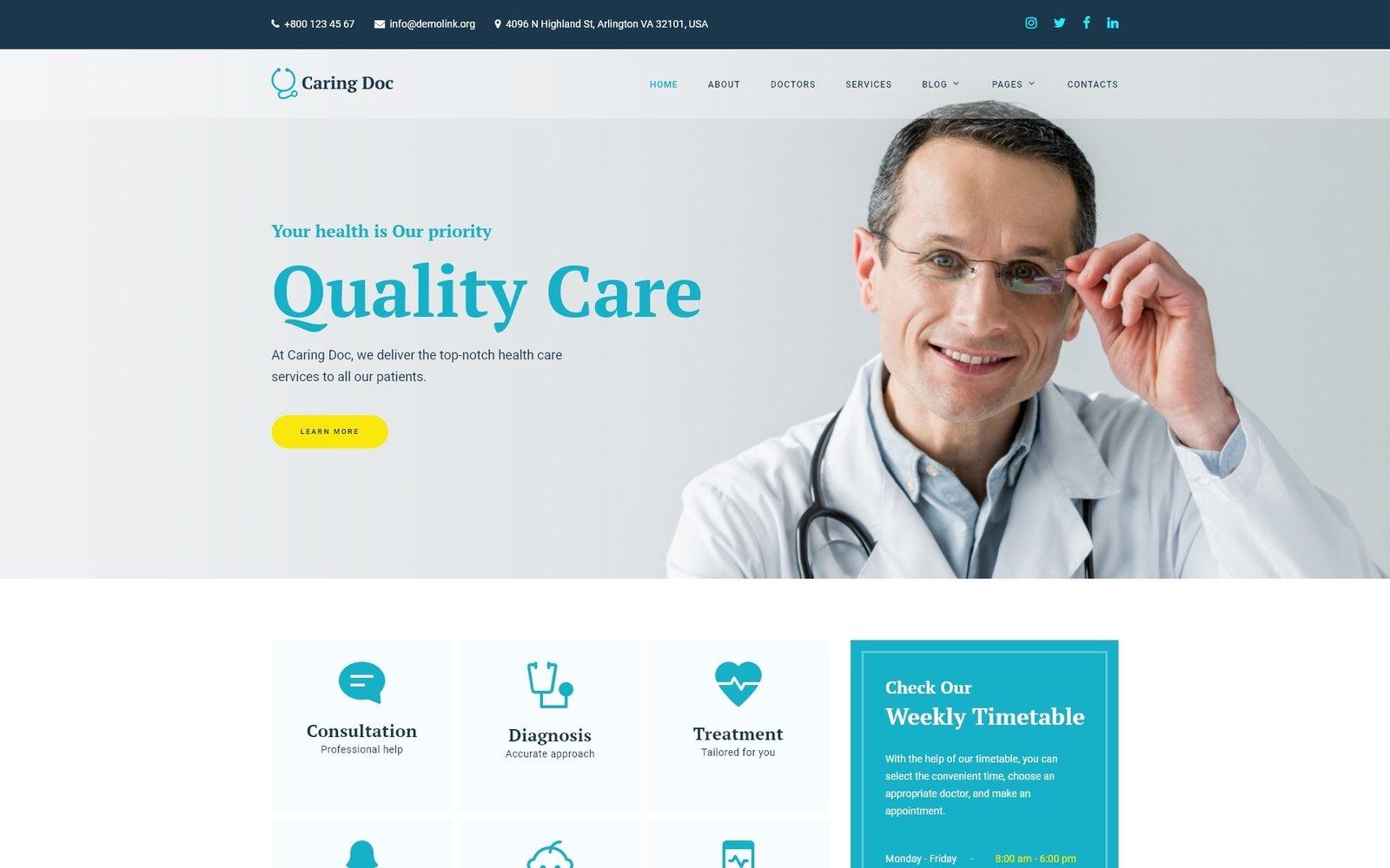 Reszponzív Caring Doc - Medical Services Clinic Weboldal sablon 101016