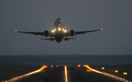 A frontal takeoff at night - Stock Video