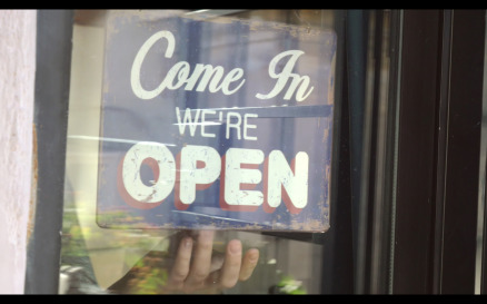 Closing the Door and Changing Shop-Sign - Stock Video