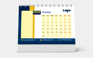 Desk Calendar 2022 Week starts Monday