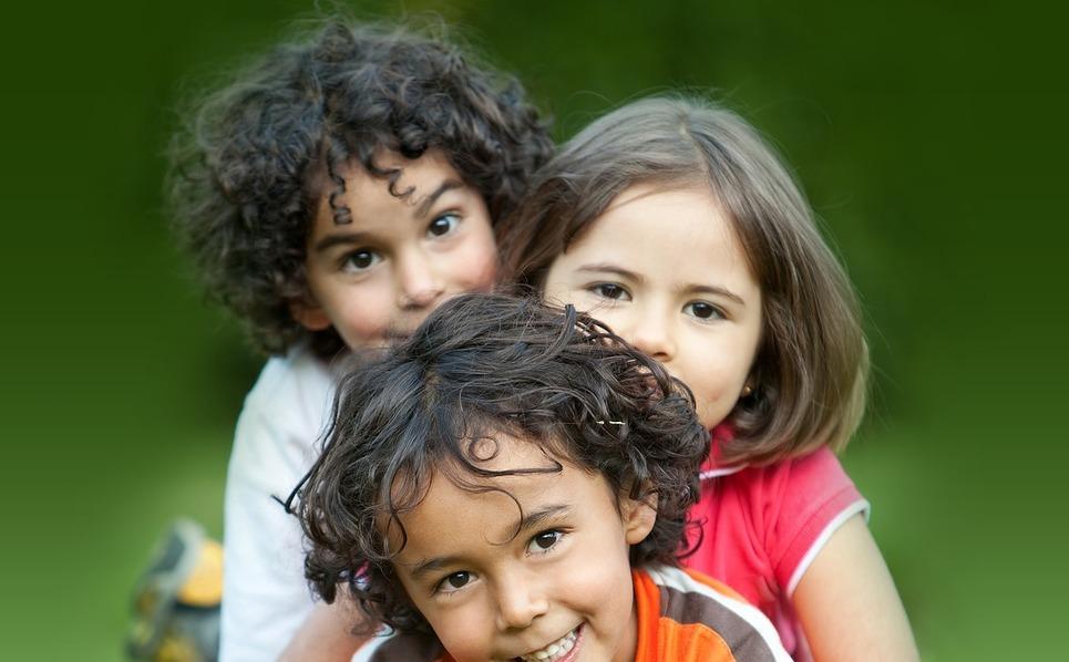 Szablon PSD #57019 na temat: pomóc dzieciom New Screenshots BIG