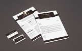 Amy Clever - Waitress, Food Server and Cafe Attendant Resume Template